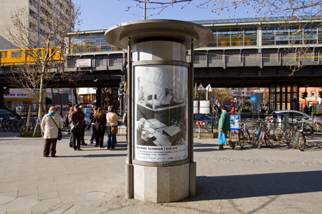 BYE BYE Plakat / Kottbusser Tor (Berlin)